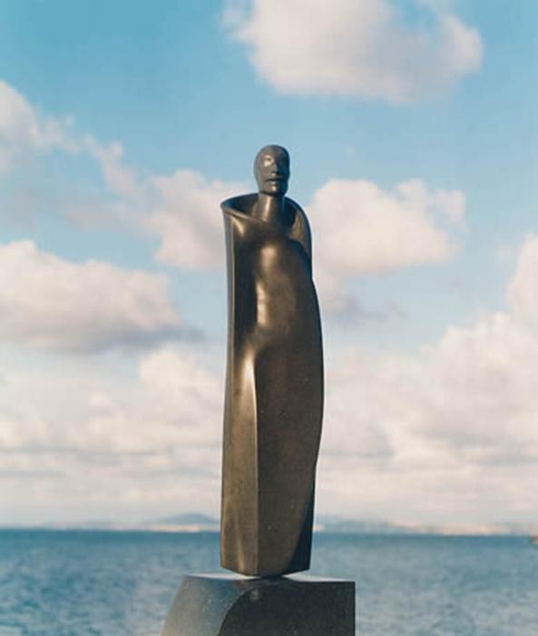 2002 - Pietra Lavica - Profeta con Mantello - Coll. E.R.A. - Trier