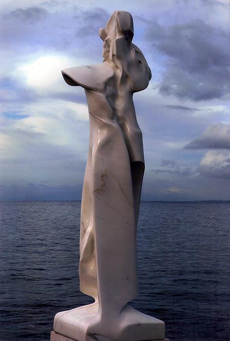 2005 - Marmo Bianco di Carrara - Berlin - Coll. Wagner - 110x26cm