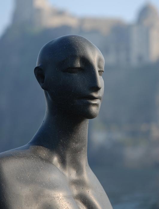2007 - Lava Nera del Vesuvio - Figura d'Uomo - Berlin - Coll. Wagner