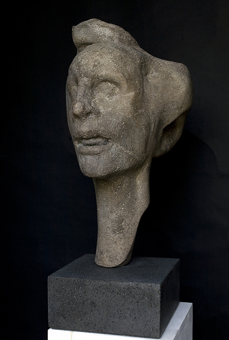 2010 - Pietra d'Ischia - Testa di Donna - New Zeland - Coll.Michael Hill - 60x43cm