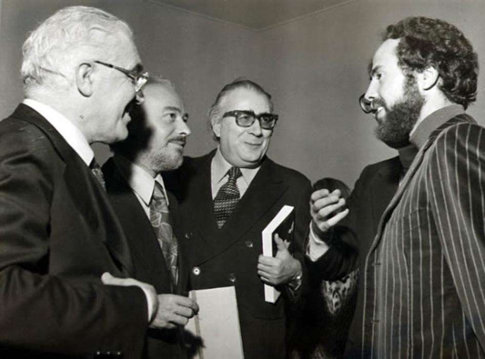 De Angelis con Giancarlo Vigorelli | Roberto Sanesi | Diego Fabbri