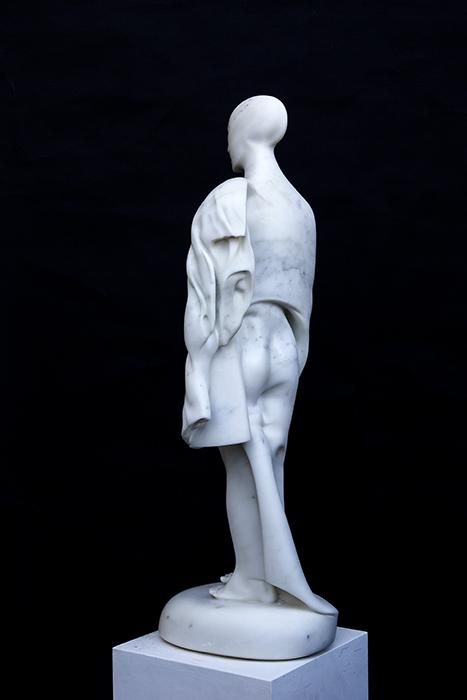 2015 - Marmo di Carrara - Donna con Foglia - 89x32x32